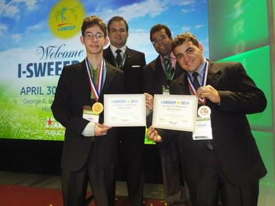 Alunos do IFRN conquistam medalha de bronze em feira nos EUA